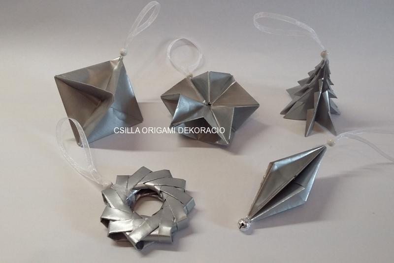 Kd1.sz. Ezüst színű karácsonyfadíszek