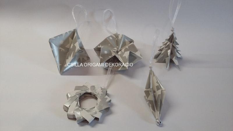 Kd2.sz. Ezüst-fehér színű karácsonyfadíszek