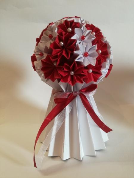 Mcs40.sz. Piros csokor tartóval