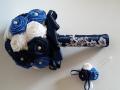 Mcs44.sz Menyasszonyi csokor Szatén rózsából, kék-fehér színű, 15 cm átmérőjű Ára 9000 Ft